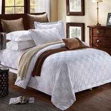 250Thread Count Jacquard Hotel Bedding Set